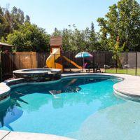 Freeform Swimming Pool 22-01