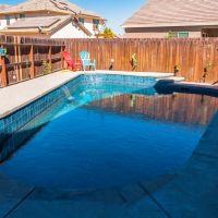 Freeform Swimming Pool 4-01