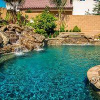 Natural Rock Swimming Pool 4-01